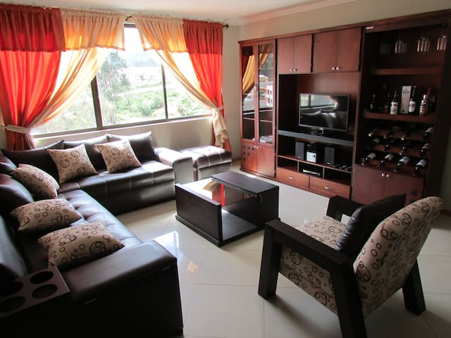 Luxury Apart Fully Furnished - Cuenca Canton