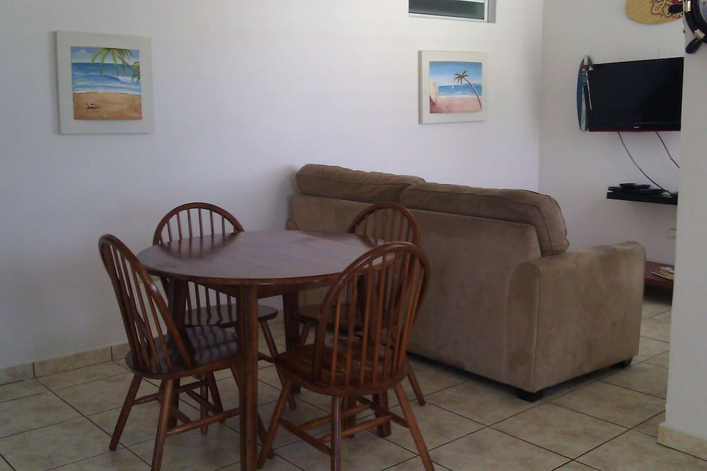 Bonito #8 Dining Room and living room queen size sofa bed.