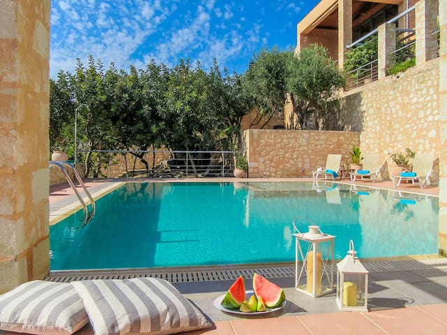 Athina - Luxury Stone Built Villa - Private Pool - Gavalochori - Villa