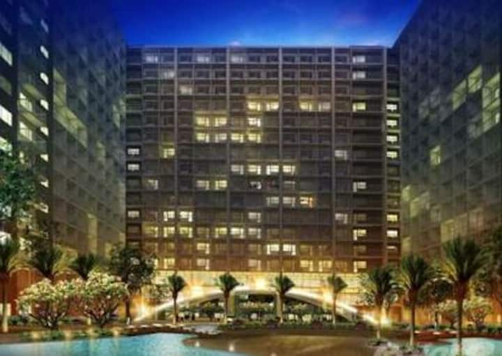 New Condo/Mall of Asia/convention center/Free WIFI