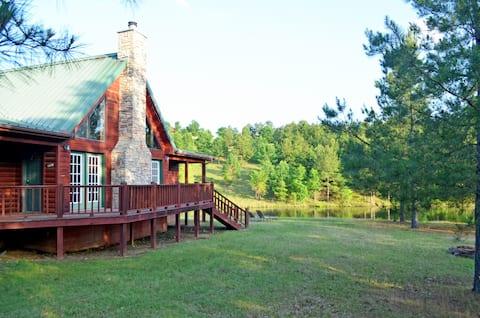 """""""Lakewood Cabin"""" at Timber Lodge Ranch"""