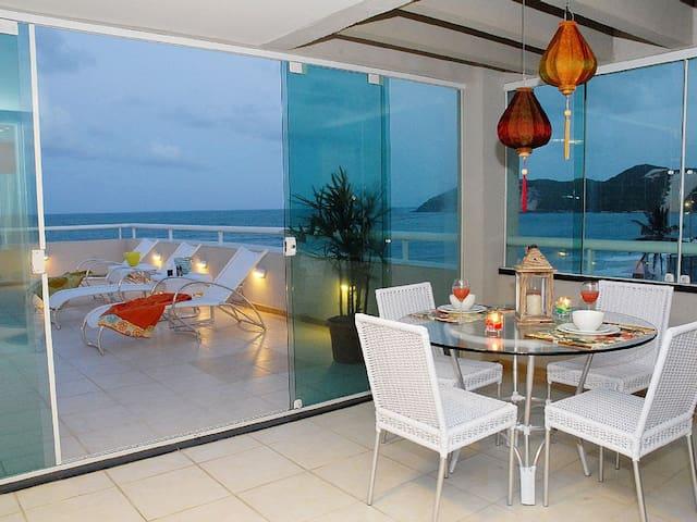 Maravilhoso Flat a Beira Mar da Praia Ponta Negra