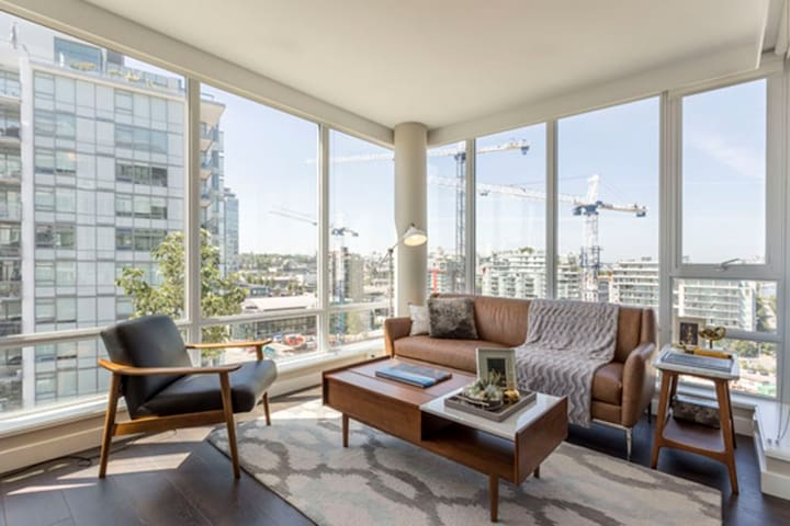 Central Located Luxury Apartment to call home