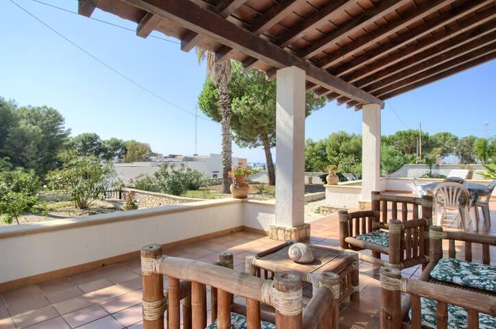 Pescoluse, Villa intera 6 posti vista mare