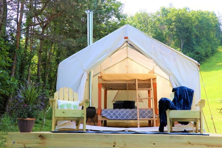 Mountainside Glamping at Blue Mountain Resort