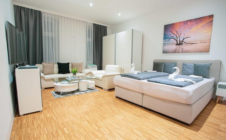 THE DANUBE modern Apartments ✫ Metro nearby ✫ 39