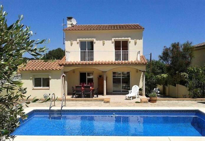 Villa with privat pool in L'Escala, Costa Brava