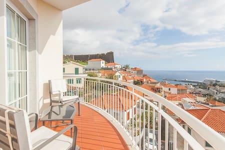 Santos Penthouse AL 26631 - Funchal
