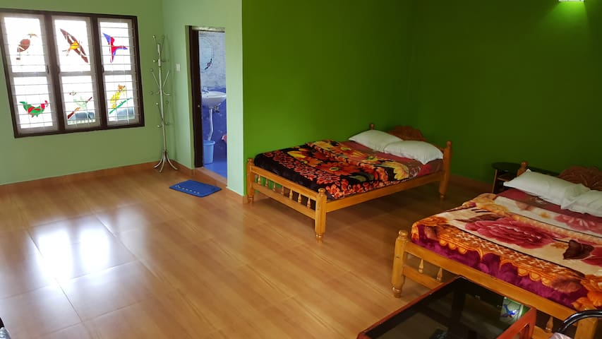 New Clean and Spacious Rooms