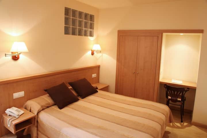 Hotel Ripoll***, Doble estandar A (max. 2 pax)