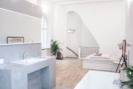 Fresh spacious luxurious loft , central 120 qm - Bremen - Loft