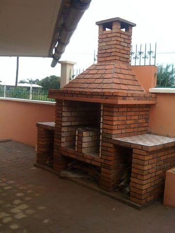 Ngoye Résidence - Kribi - House
