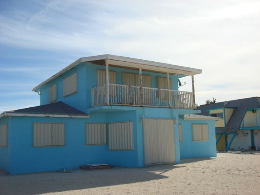 Ocean Side view perfect for sunsets, meals on the patio and more