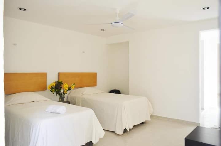 Bonito Estudio cerca Zona Hotelera / Lovely Studio
