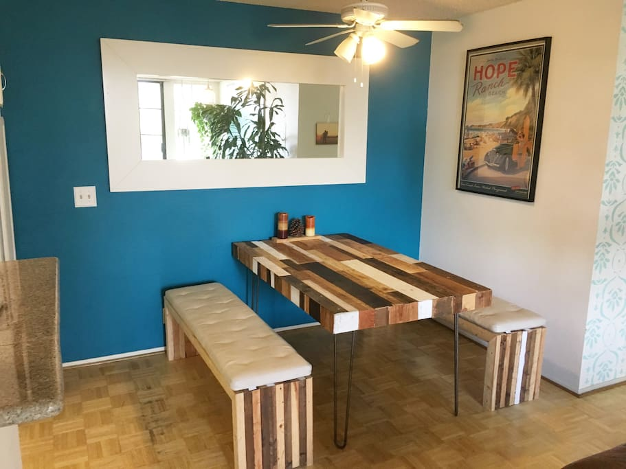 Dining Table (seats 6)