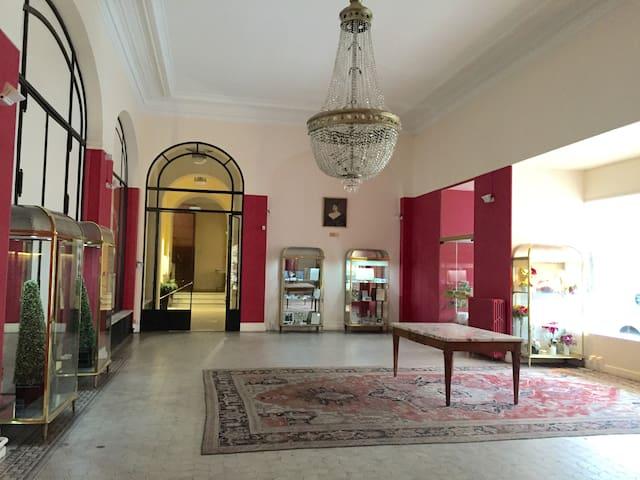 Studio calme au cœur de Vichy - Vichy - Apartemen