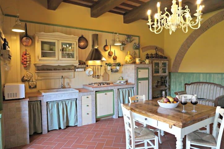Casa Torre dell'Orologio - romantic apart. nr Pisa - Vicopisano - Leilighet