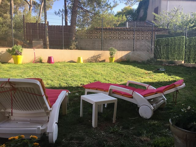 Quiet appartment with parking - Les Pennes-Mirabeau - Apartment