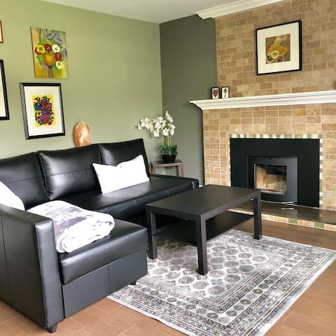Beautiful Burnaby Suite