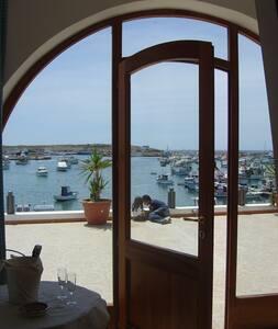Casetta fronte mare Porto Nuovo - Lampedusa - Apartmen