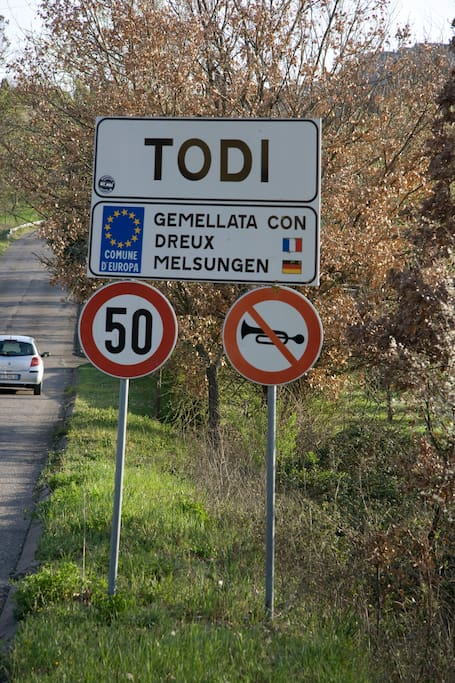 Welcome to Todi