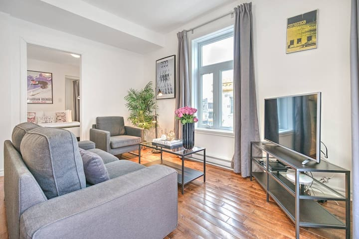 Liv MTL | MTL 302 | Up to 60% OFF | Lovely 1BR + Rooftop + Family