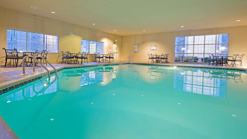 Heated Indoor Pool, 24-Hour Business Center, and Fitness Center | Close to NJ Turnpike