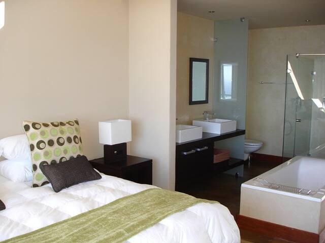 All bedrooms are en-suite