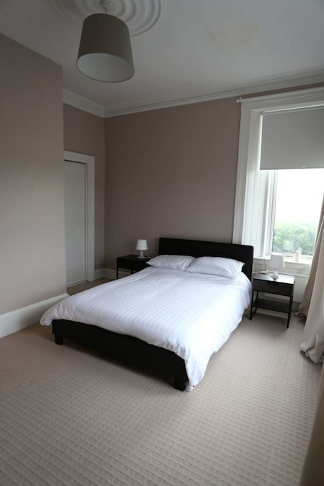 Bedroom, can be changed into 2 single beds if required.