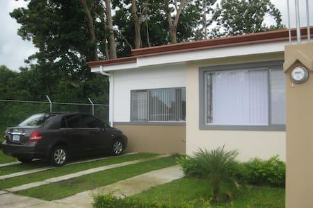 Casa de playa en Bejuco Esterillos Este - Parrita - 獨棟