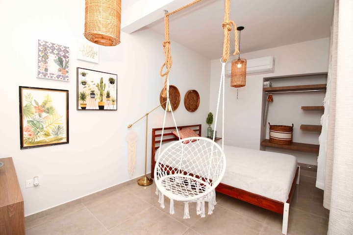 Bohemian Hipster Apt for 2 in Urban Mayaguez