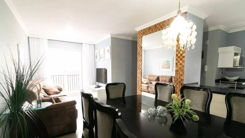 Aconchegante apartamento em Curitiba