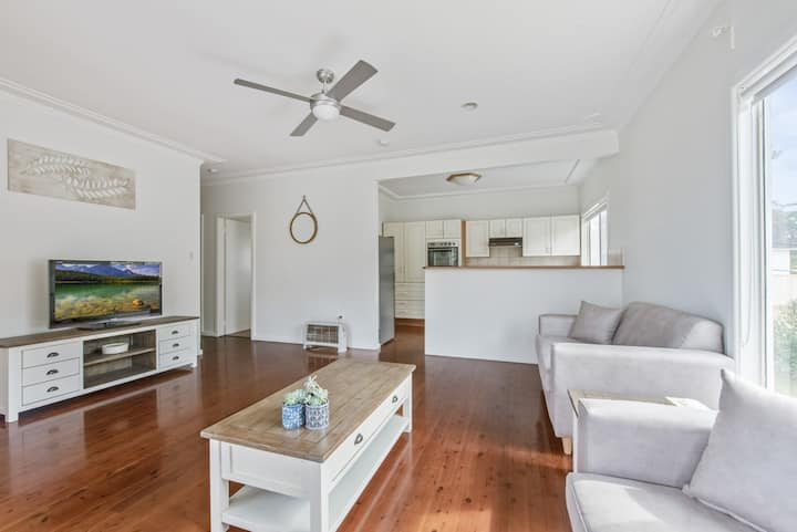 Mitchell Pde 71 Mollymook