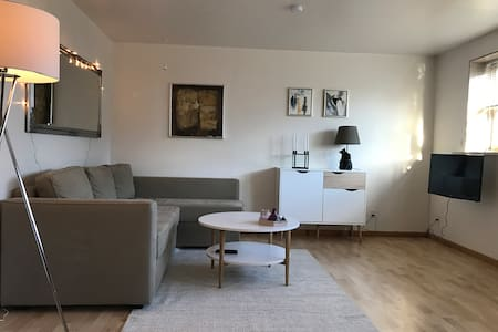 Nice and cosy 68 square meters apartment - Hoyvík - Byt