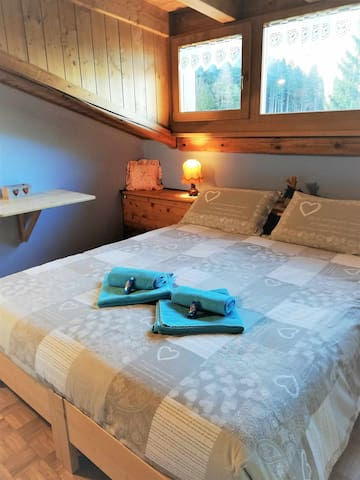 Genzianella room, for couples or families, landscape view shared bathroom