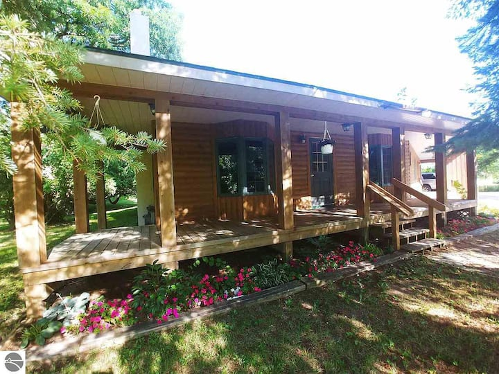 COPPER VALLEY LODGE ~ space for the whole family