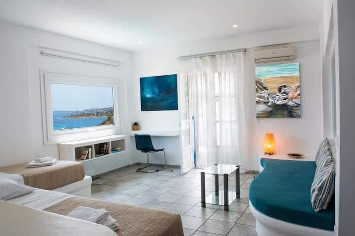 Aloni Hotel || Delight Suite Sea View