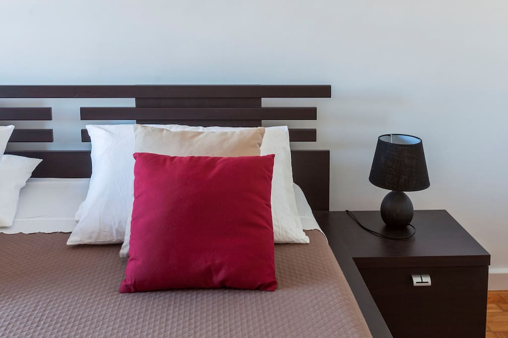 Room 2 with one king size bed (160cm x 200cm)