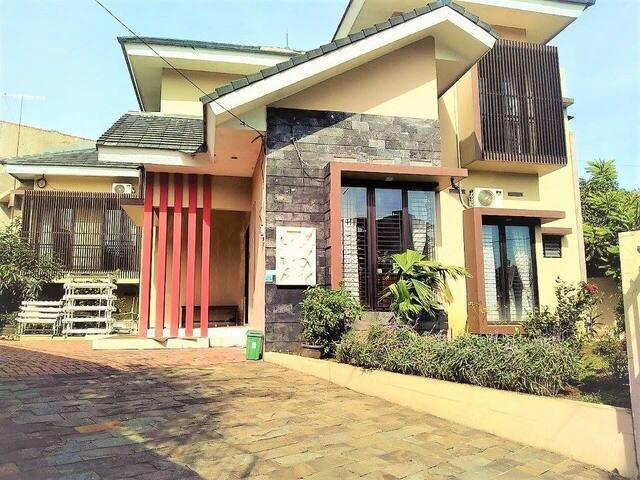 Antasena Homestay - South Bogor - บ้าน