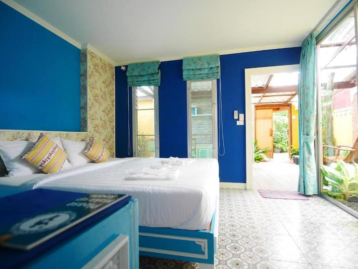 Superb Deluxe Room with Kitchen @ Forest Bungalows