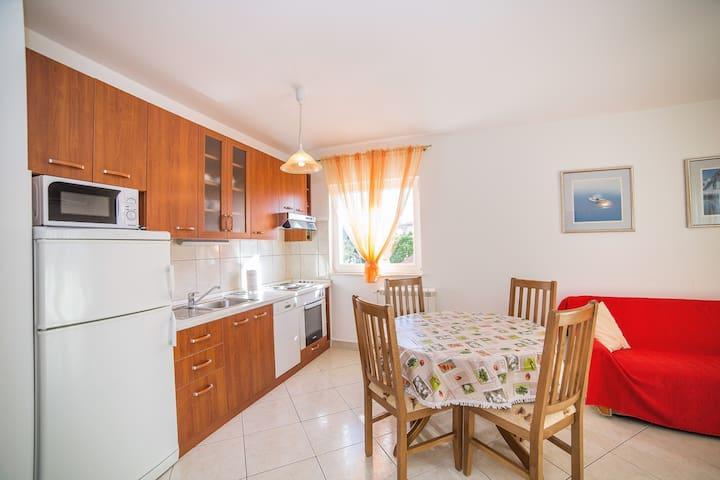 Okruk Apartments A1 - Okrug Gornji - Lägenhet