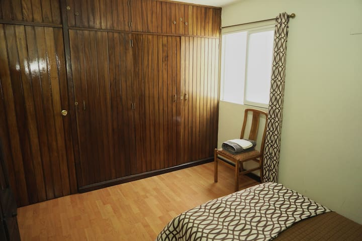 NO CLEANING FEE ROOM #3 ZONE 15