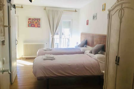 Estudio/suite completo en el centro de Segovia