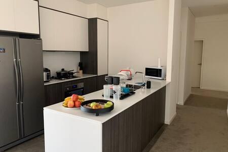 Apartment Room in Wolli Creek
