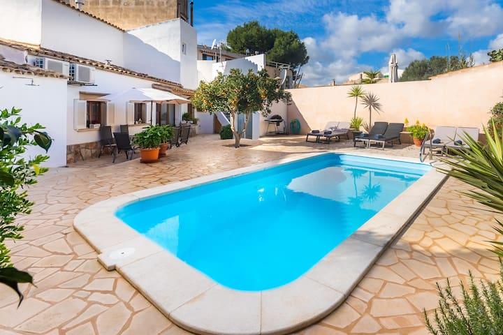 Élégante maison de ville avec piscine – Casa Can Tatau