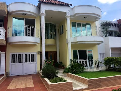 Entire house in Turbaco just 25 min from Cartagena