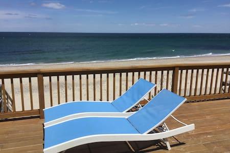 WATERFRONT BEACHFRONT - Cape Vacation Beach House - 桑威奇(Sandwich) - 独立屋