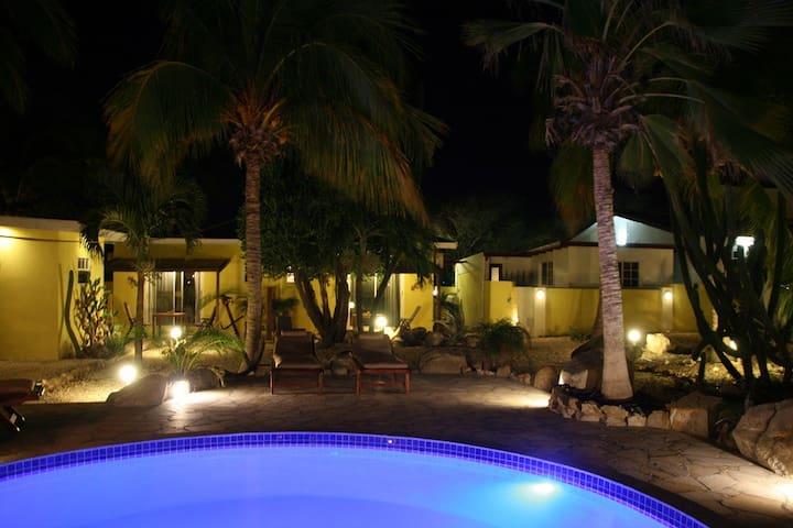 Sero Biento Apartments - Oranjestad