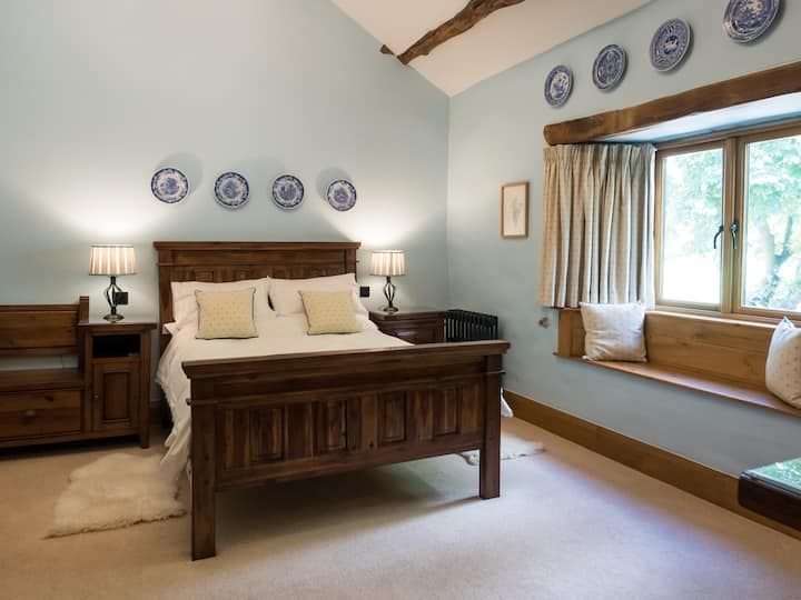 "The Wayside - Double Room (""Buttermere"")"
