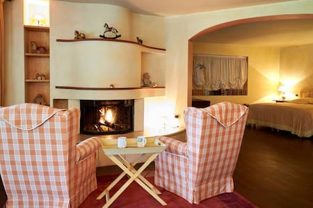 Suite Finardi,  romantic fireplace - Bérgamo